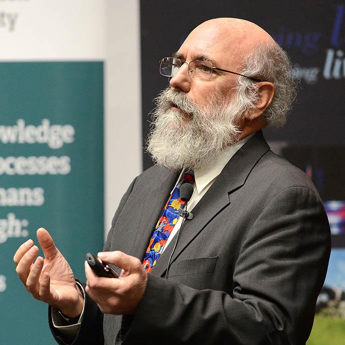 <a href='https://research-repository.uwa.edu.au/en/persons/graeme-martin'>Professor Graeme Martin</a>