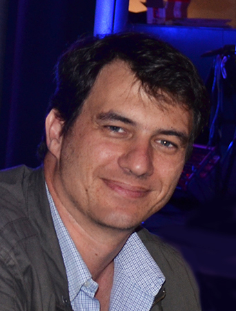 <a href='https://www.zooaquarium.org.au/'>Nick de Graaff</a>